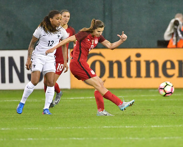 US Women's National Soccer Team vs. France's National Women's Soccer Team