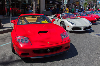 [L-R] 2002 Ferrari 575 Marenello, 2018 Ferrari 488 Spider