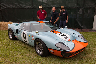 Replica Ford GT40 MK1 1968 Le Mans Winner.