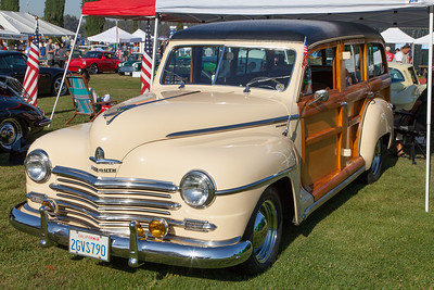Joe Flores' 1948 Plymouth Woodie