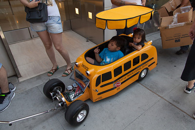 Lil' Rascals School Distric bus - powered by Dad