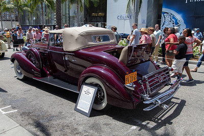 1934 Caddilac convertible coupe - Model 355D, body by Fisher