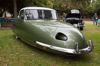 1948 Davis Divan - Petersen Automotive Museum
