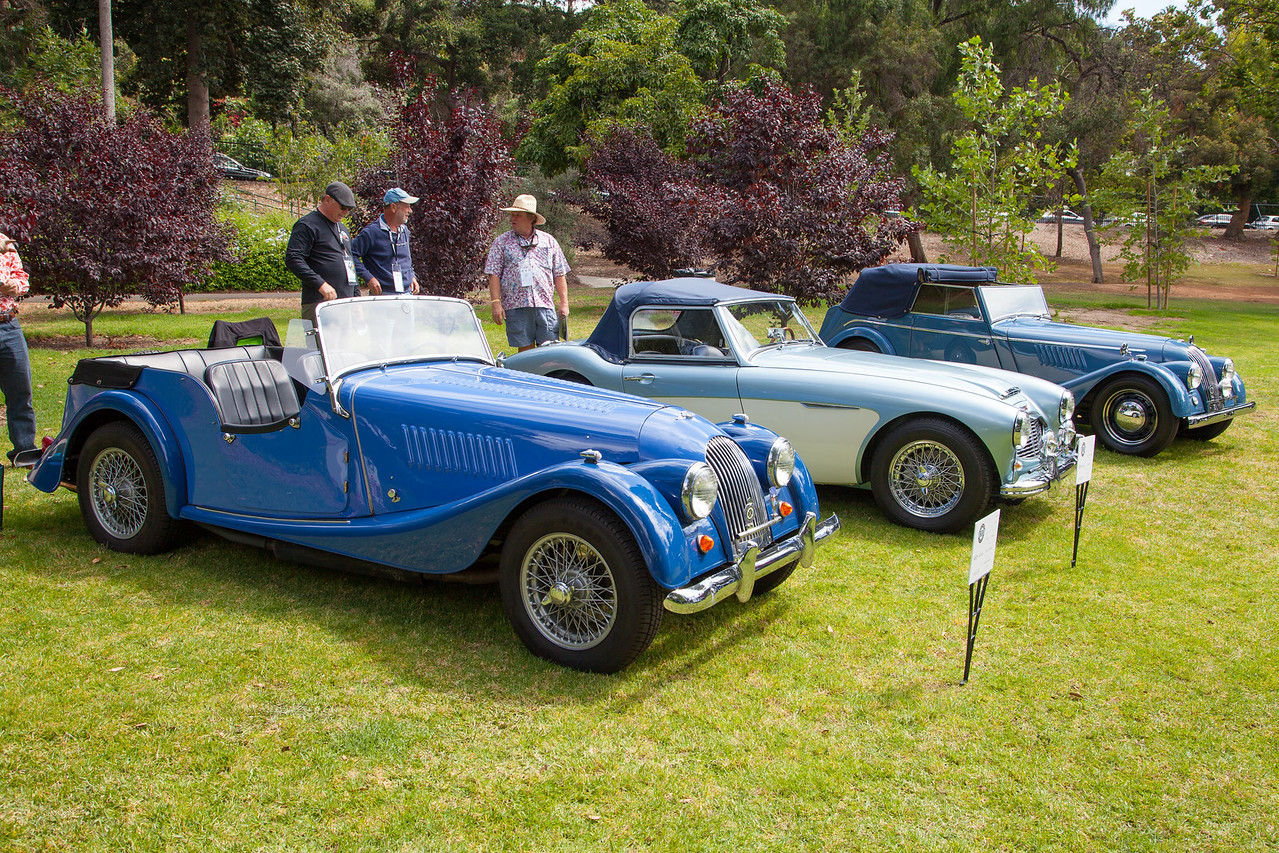 (L-R) 1962 Morgan Plus 4 - 4 passenger, 1961 Austin Healey 3000 BNZ, 1955 Morgan 4 Passenger Drophead Coupe