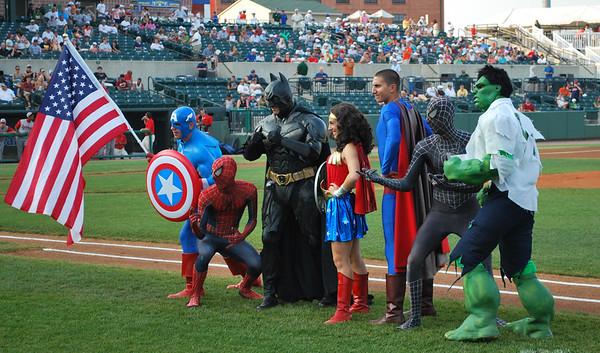 """07/06 """"Comic Super Hero Night"""""""