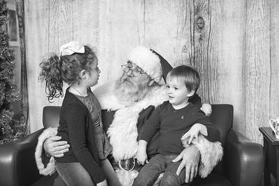 Ameriprise-Santa-Visit-181202-4907-BW