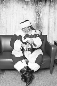 Ameriprise-Santa-Visit-181202-4910-V1-BW