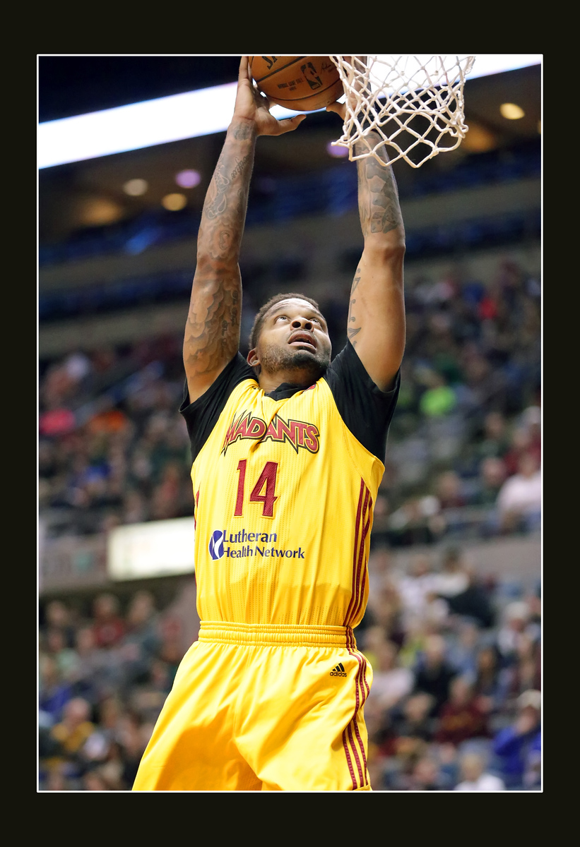 IMAGE: https://photos.smugmug.com/Sports-Events/Mad-Ants-2014-2015/i-3xfDnwC/0/d0072e1b/X3/5P1B4693-X3.jpg