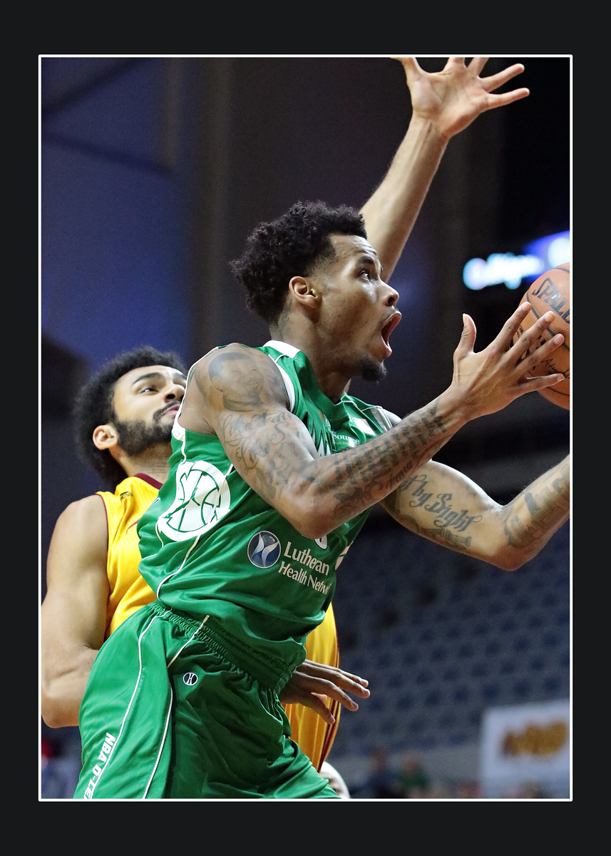 IMAGE: https://photos.smugmug.com/Sports-Events/Mad-Ants-20152016/January-28-2016/i-BWNCzzN/0/X3/216A3147-X3.jpg