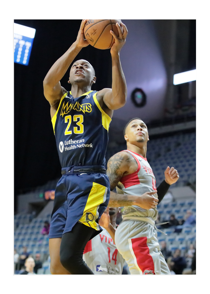 IMAGE: https://photos.smugmug.com/Sports-Events/Mad-Ants-Current-Season/Dec-17-2018/i-FC6G4h9/0/3a673876/X3/FX8A5762a-X3.jpg