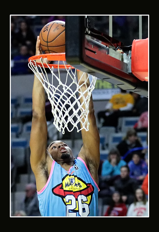 IMAGE: https://photos.smugmug.com/Sports-Events/Mad-Ants-Current-Season/Dec-30-2017/i-ffrB9Nw/0/ae10df02/XL/FX8A6333a-XL.jpg