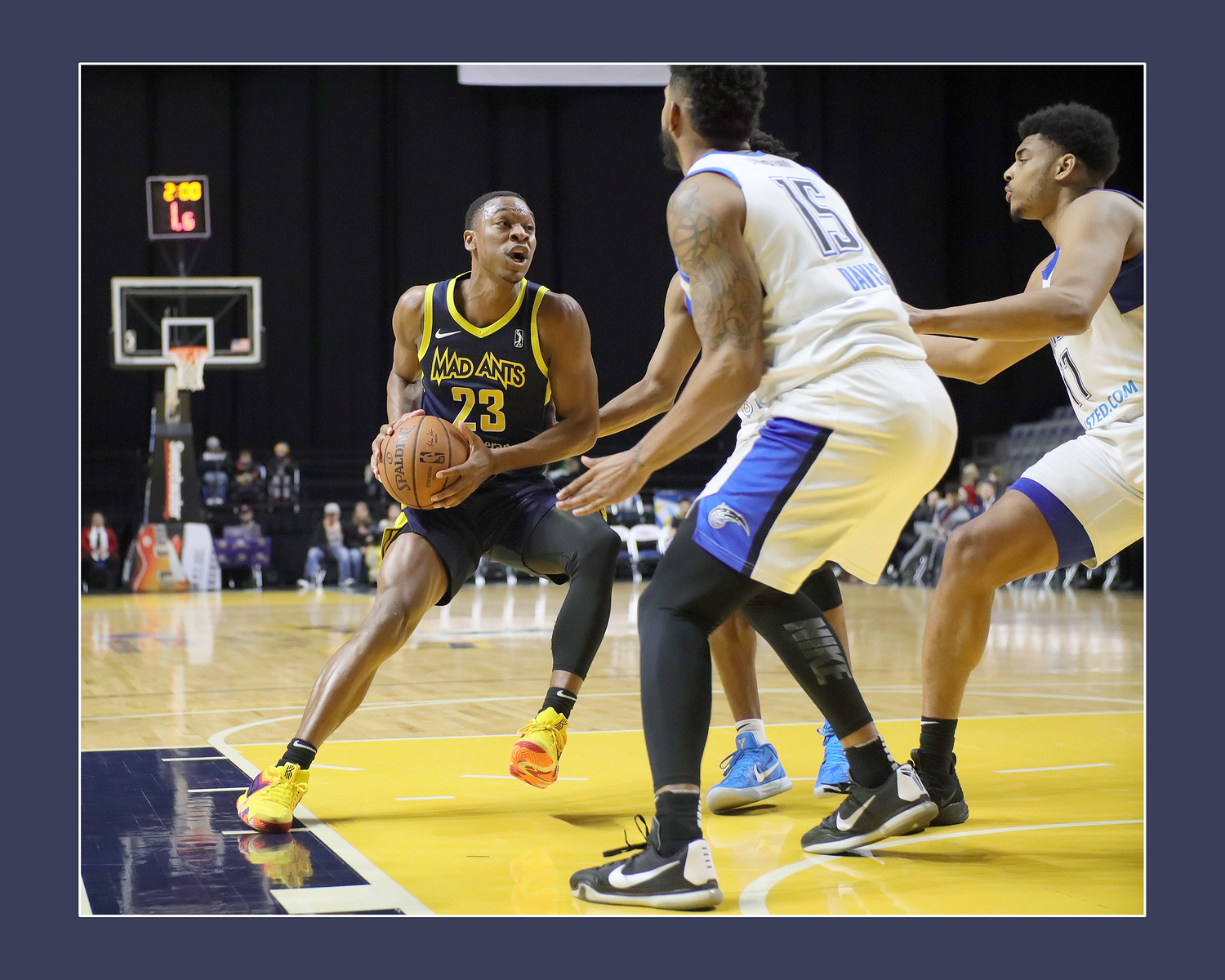 IMAGE: https://photos.smugmug.com/Sports-Events/Mad-Ants-Current-Season/Jan-19-2019/i-9pXGJK2/0/b7e450dc/X3/IMG_3709a-X3.jpg