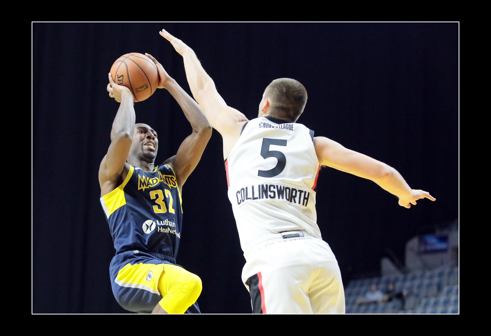 IMAGE: https://photos.smugmug.com/Sports-Events/Mad-Ants-Current-Season/Nov-29-2018/i-4JVkQZj/0/53609e85/X3/FX8A3756a-X3.jpg