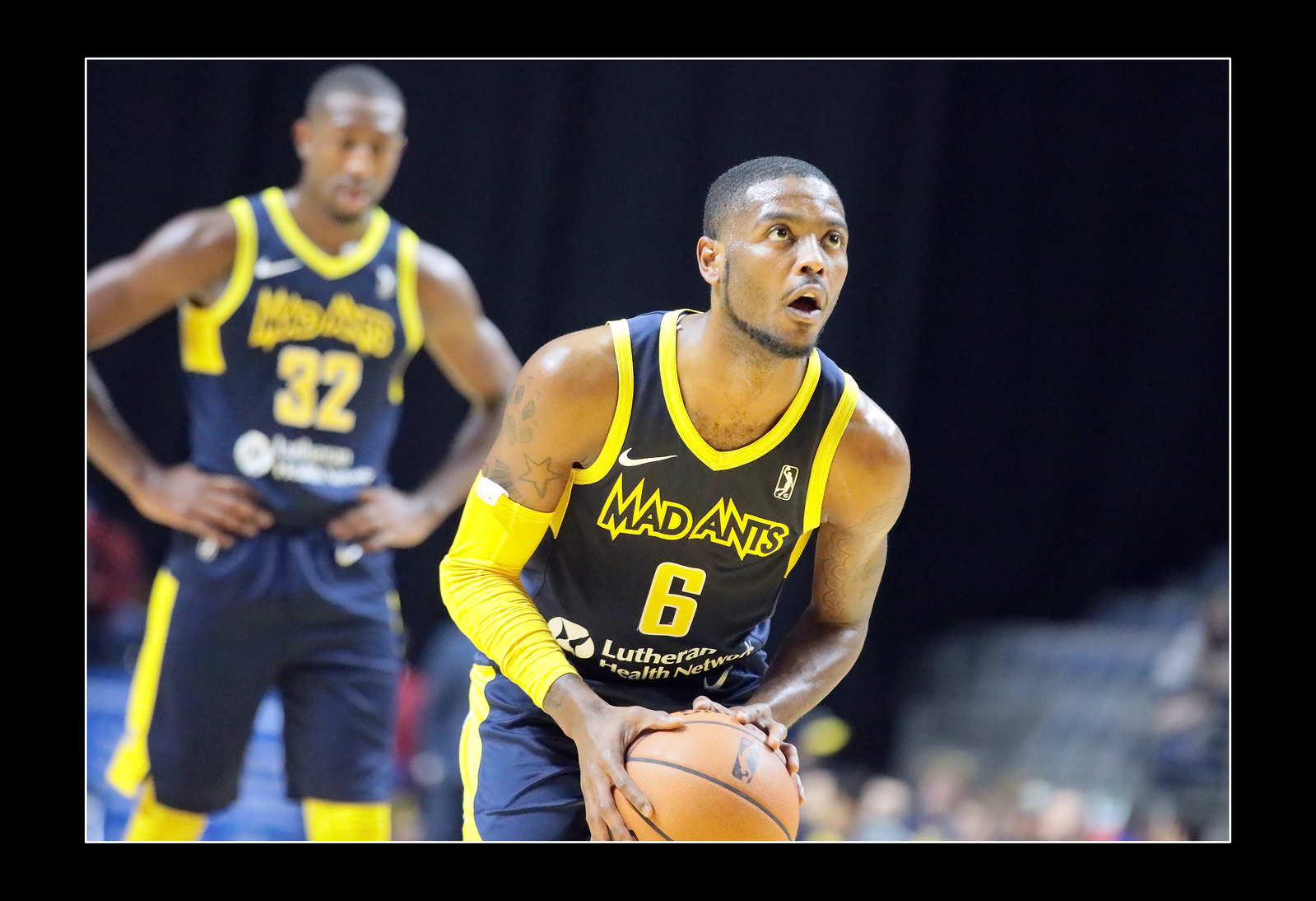 IMAGE: https://photos.smugmug.com/Sports-Events/Mad-Ants-Current-Season/Nov-29-2018/i-dbh9xFG/0/9fc42bf5/X3/FX8A3799a-X3.jpg
