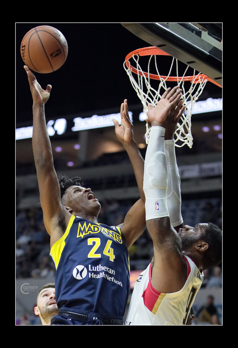 IMAGE: https://photos.smugmug.com/Sports-Events/Mad-Ants-Current-Season/Nov-9-2018/i-nx8tWGw/0/ce8ee442/X3/FX8A2882a-X3.jpg