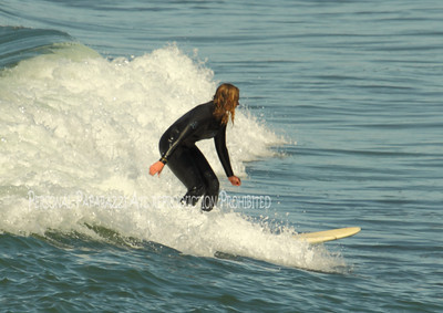 Surfing on Sunday008