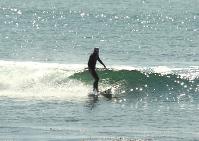 Surfing on Sunday027