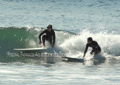 Surfing on Sunday043