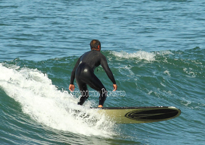 Surfing on Sunday004