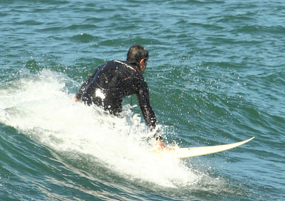 Surfing on Sunday020