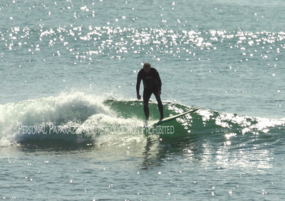 Surfing on Sunday042