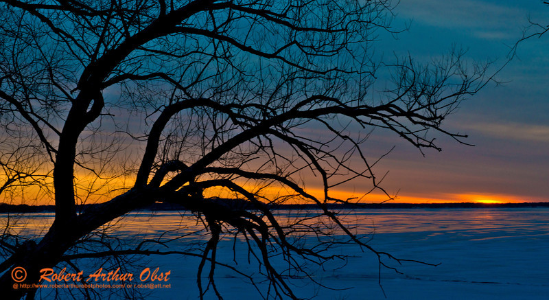 Hiker's view of a gorgeous winter sunrise over a frozen Lake Mendota from Governor Nelson State Park (USA WI Waunakee; Obst FAV Photos 2013 Nikon D800 Sports Fun Extraordinaire Action Outdoors Image 7466)