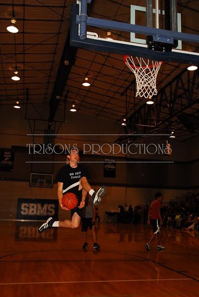 Nolan's basketball - 8th grade Faculty vs Students 5-16-08