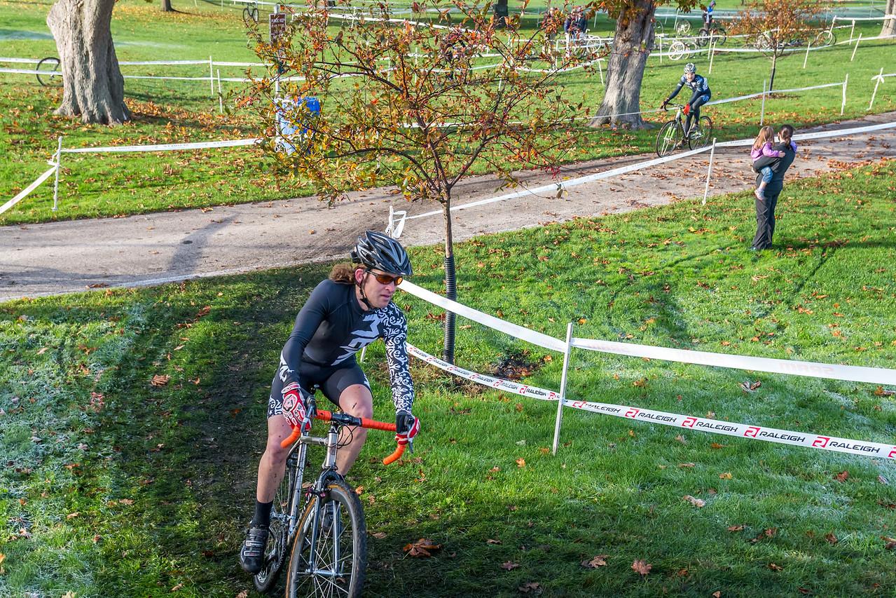 Masters 35+ - 2014 Carpenter Park Cyclocross Race
