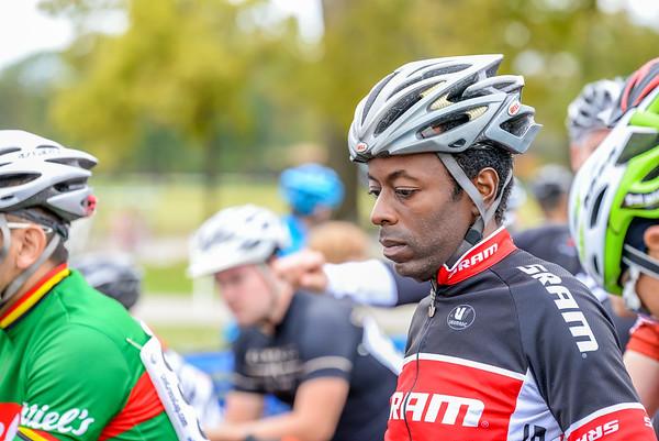 Cat 4/5 - 2014 Dan Ryan Woods Cyclocross Race