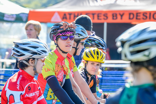 Women Cat 4 & Junior 9-14 - 2014 Dan Ryan Woods Cyclocross Race