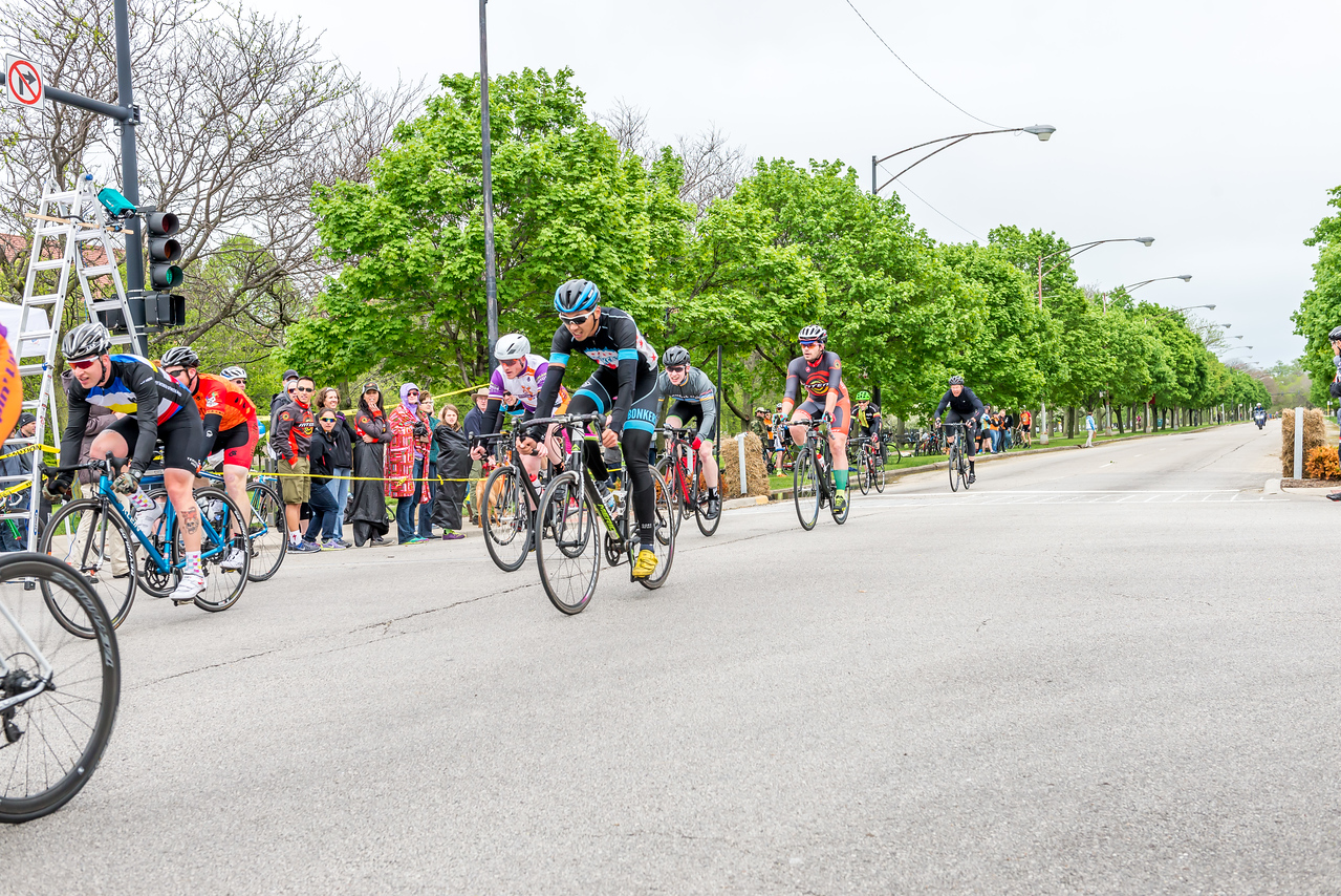 Cat 4/5 - 2015 Monsters of the Midway Criterium