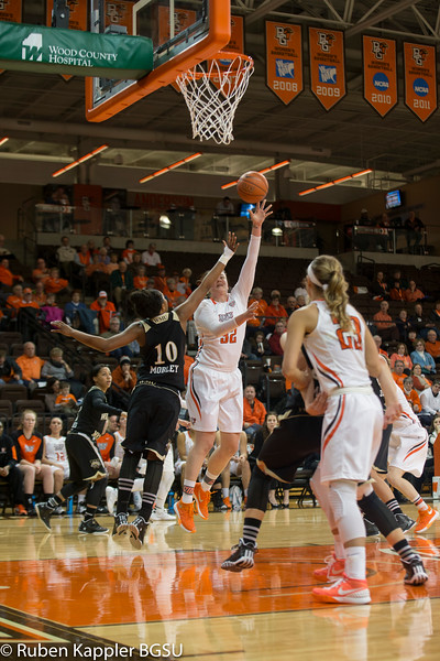 Women Basketball vs Western Michigan 2/10/2016