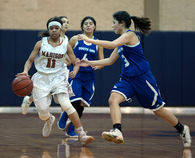 JVGirls Basketball-91