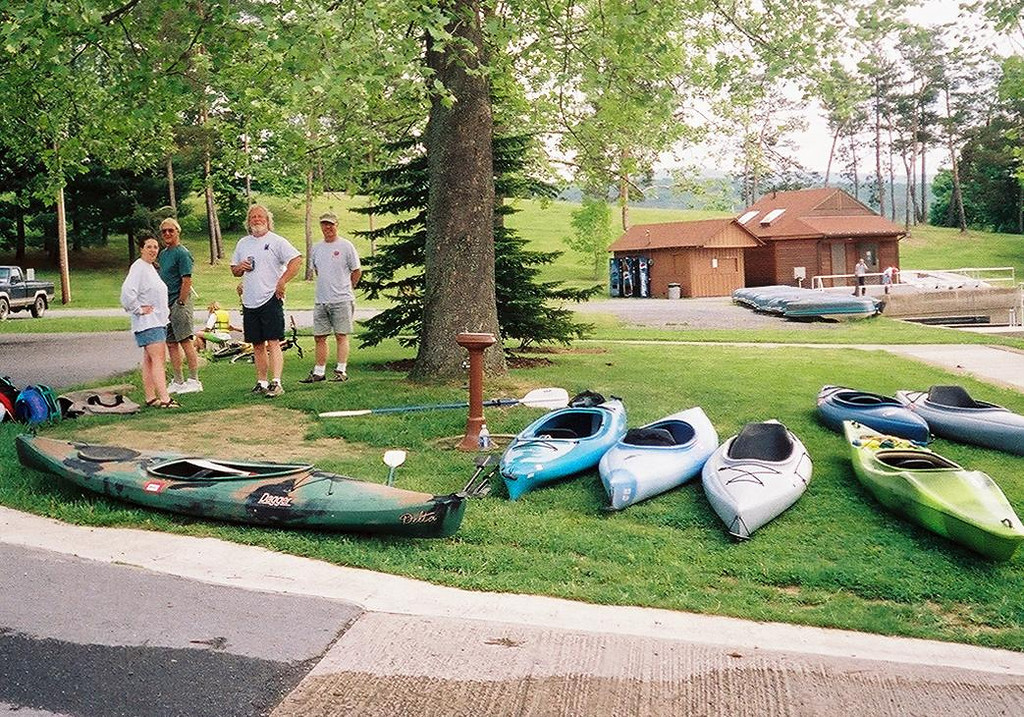 10.  Melonie, Paul, Don and Ken. It's beginning to look like a kayak <br />         dealership.  5-16-04
