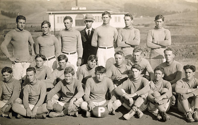 Cal Poly Football Team. c 1915. #2011.018.117.
