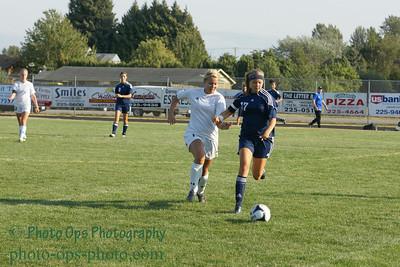 Girls Var Soccer 9-13-11 013