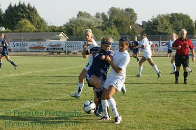 Girls Var Soccer 9-13-11 028
