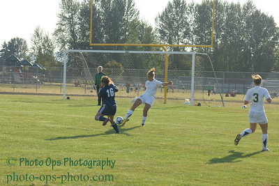 Girls Var Soccer 9-13-11 025