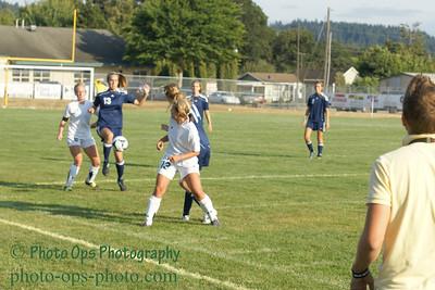Girls Var Soccer 9-13-11 017