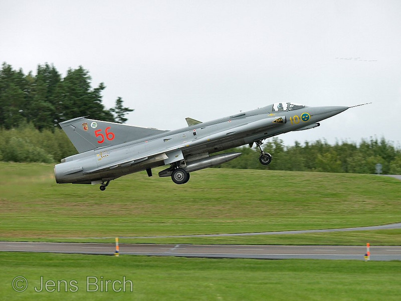 SAAB 35 Draken, take off
