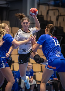 At last handball, the first game of 2021.