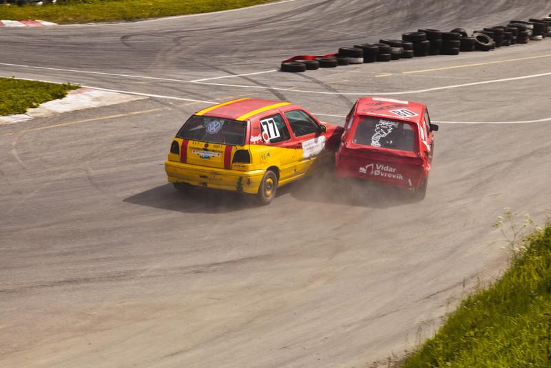 Crash - Cars 77 and 80