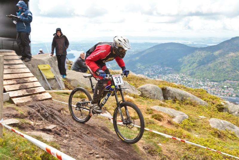 Competitor No. 37 (Photo 5672)