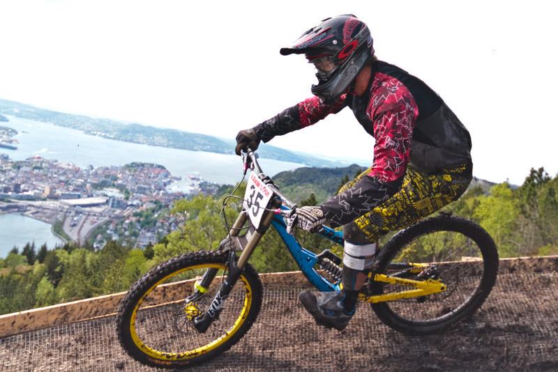 Competitor No. 35 (Photo 6113)