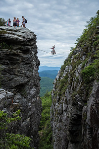 female-highlining