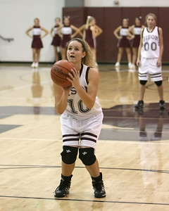 Ellyn Unger gets ready to shoot a free throw