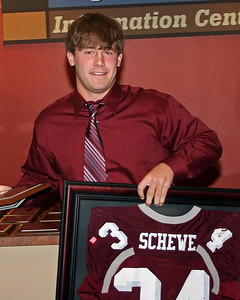 Senior Ryan Schewe