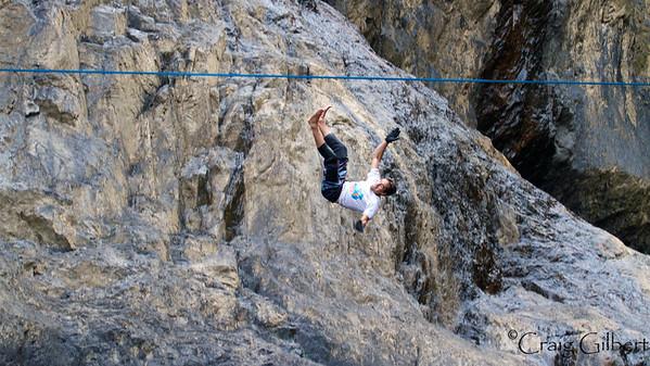 Barron Gorge Slackline and Cliff Jumps.