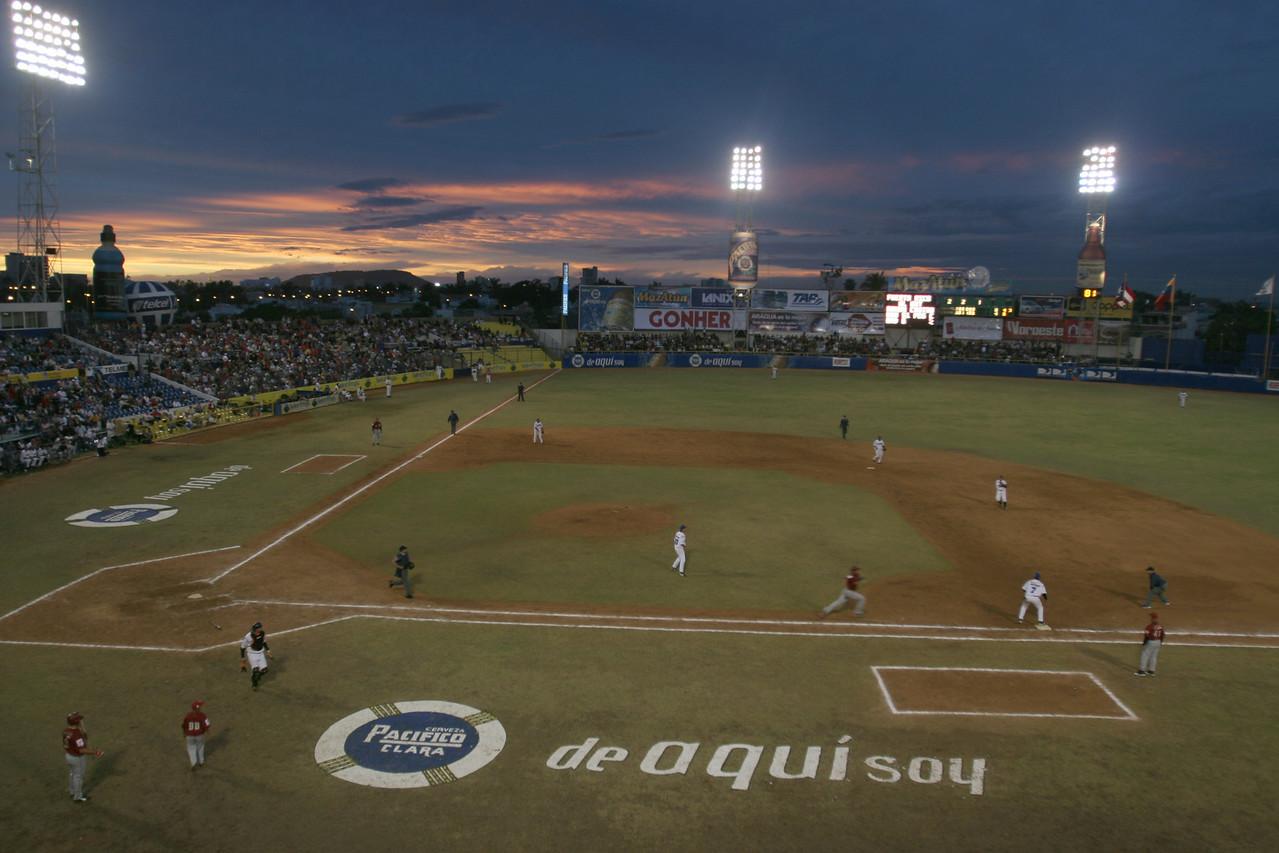 Latin Baseball