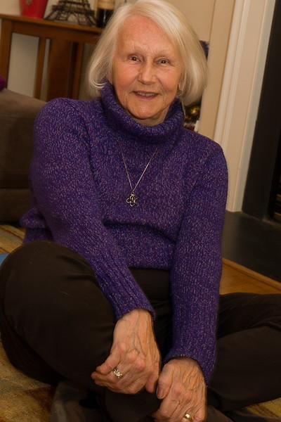 Linda Posing 2